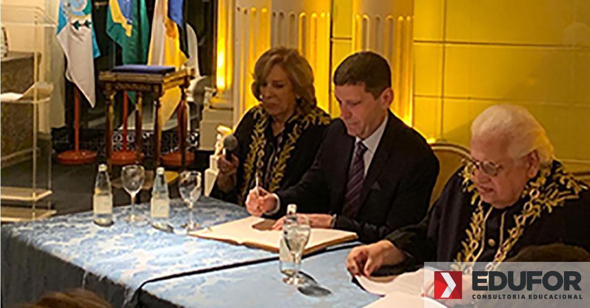 Celso Niskier toma posse na Academia Brasileira de Educação